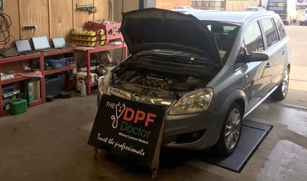 DPF Clean on a Vauxhall Zafira in Falkirk